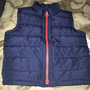 Old navy fleece lined vest NWT 3-6 months